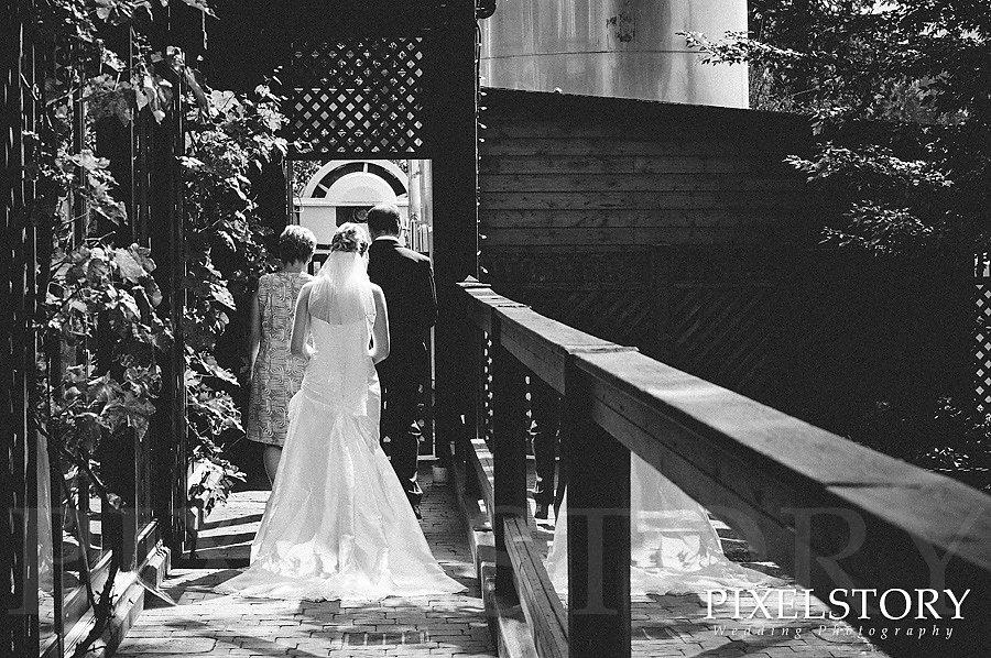 pixel-story-kara-chris-wedding-02.jpg