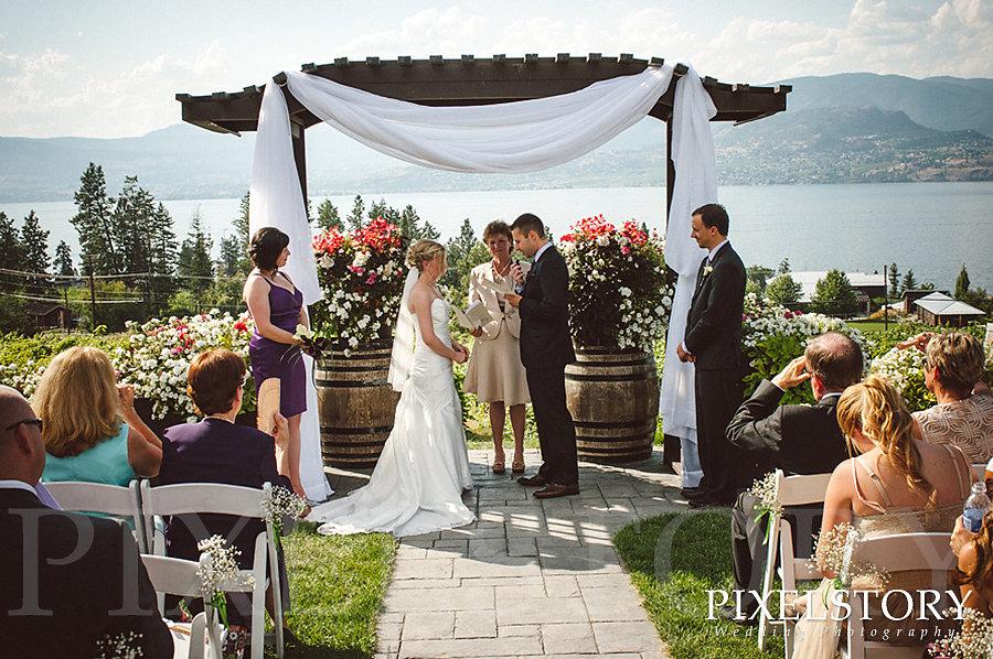 pixel-story-kara-chris-wedding-03.jpg