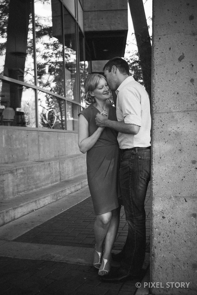Kelowna Engagement Photographers 130806 0227