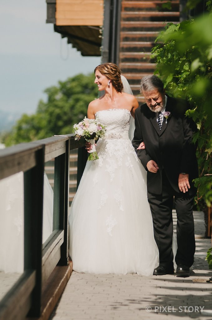 Kelowna Wedding Photographers Summerhill 130824 0373