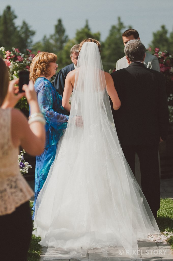 Kelowna Wedding Photographers Summerhill 130824 0399