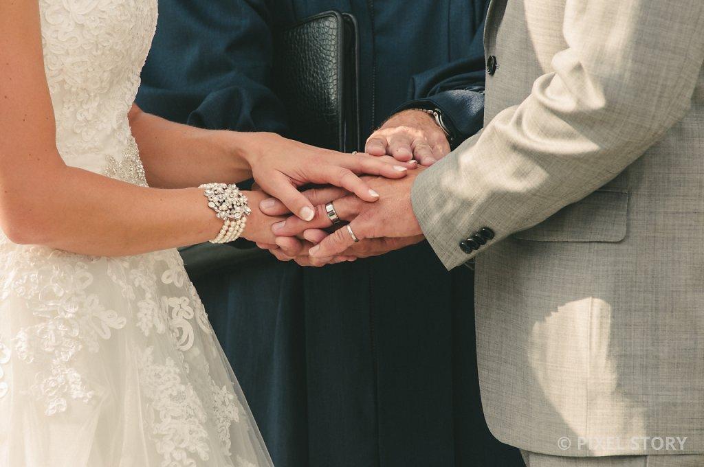 Kelowna Wedding Photographers Summerhill 130824 0474