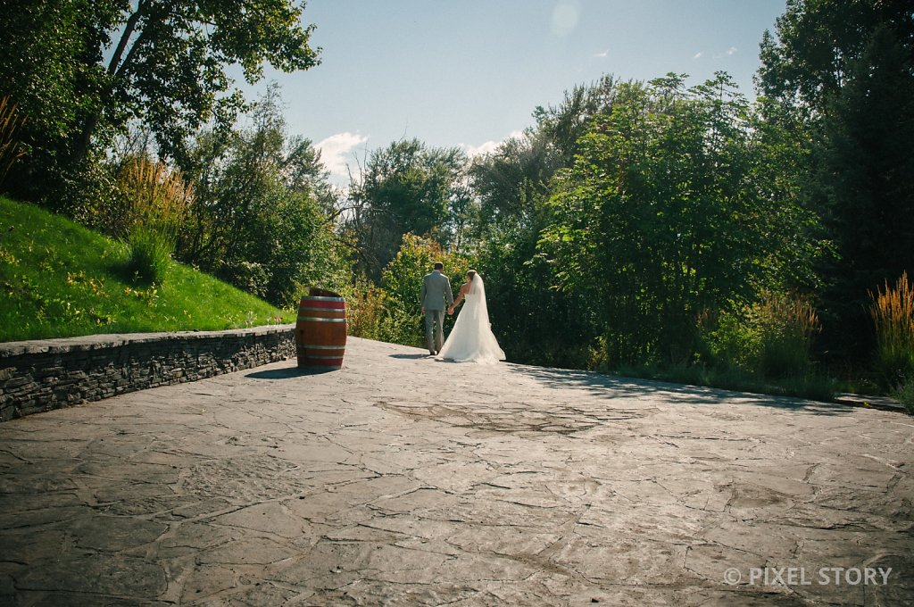 Kelowna Wedding Photographers Summerhill 130824 0789
