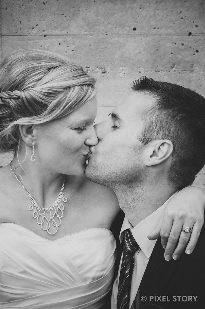 Kelowna Wedding Photographers Summerhill 130809 0660