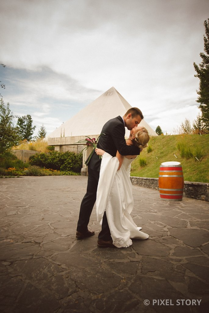 Kelowna Wedding Photographers Summerhill 130809 0626