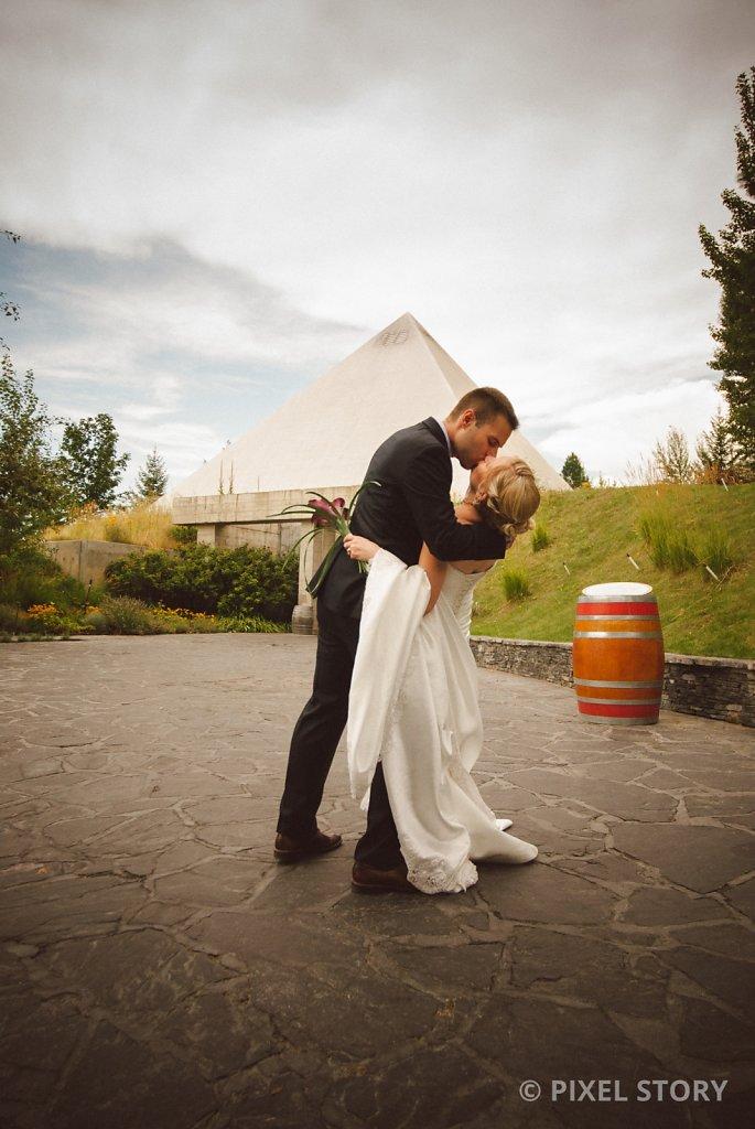 Kelowna Wedding Photographers Summerhill 130809 0626